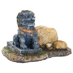 AQ Lion with Stone 8 x 5 x 5cm AQ61909